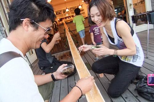 jud à Hiroshima - Toboggan à nouilles Nagashi somen